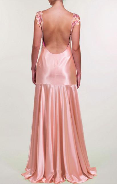 Vestido largo de satén rosa zinwaldita