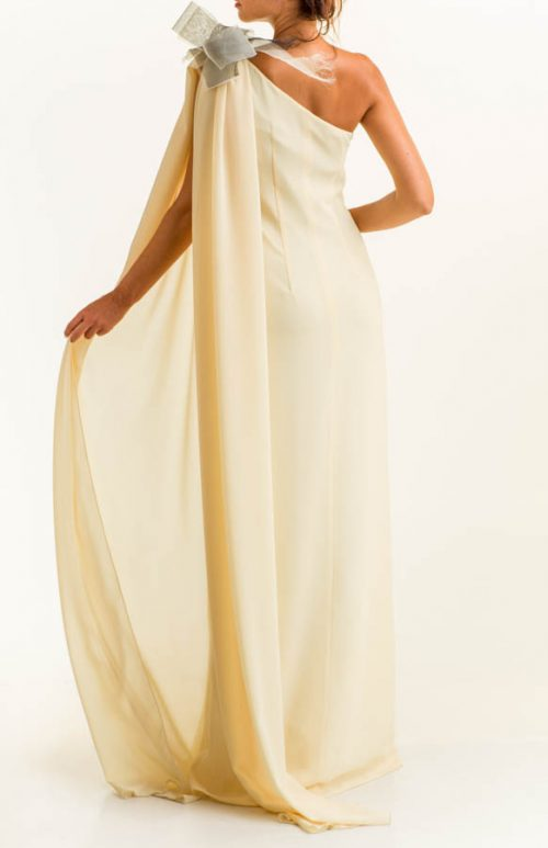 Vestido largo crepe vainilla