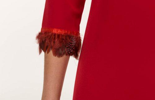 c 18 0345 001488 jb lb 18 1136 500x323 - Vestido corto crepe mate rojo