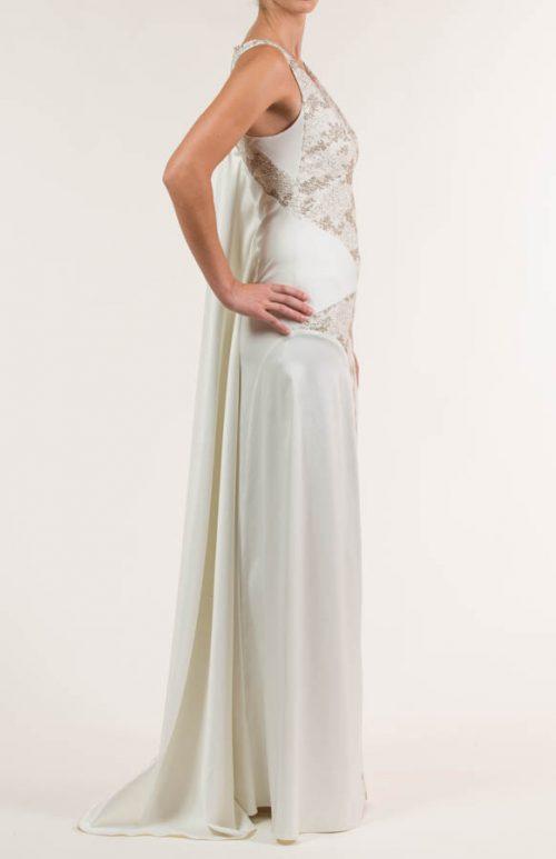 c 18 0345 001488 jb lb 18 2051 500x773 - Vestido de novia largo de satén crema y siena