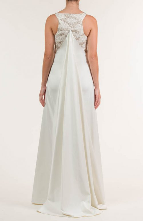 c 18 0345 001488 jb lb 18 2053 2 500x773 - Vestido de novia largo de satén crema y siena