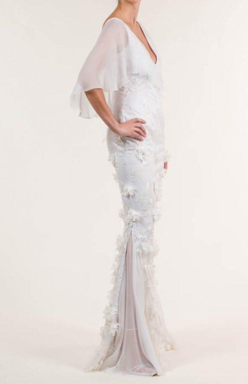 Vestido de novia largo bordado y de satén
