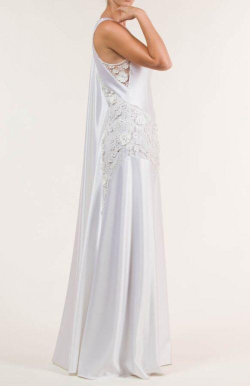 c 18 0345 001488 jb lb 18 2107 500x773 - Vestido de novia largo de satén liso blanco