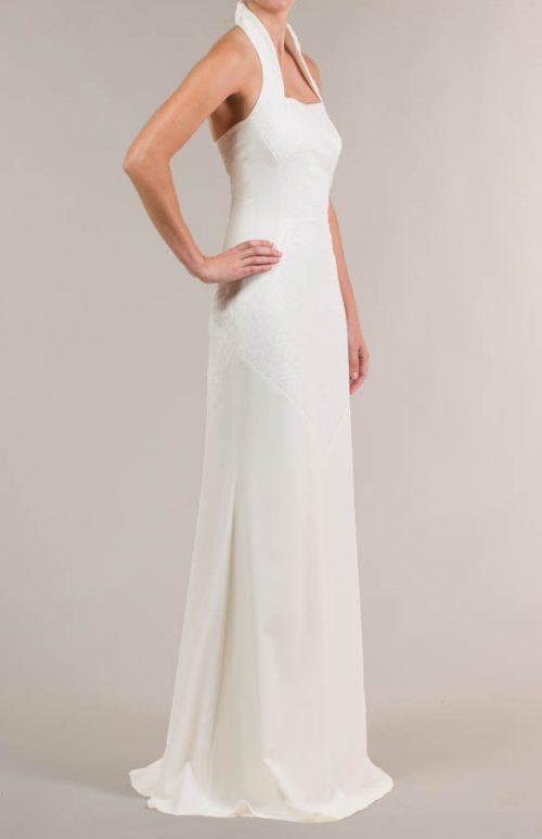 c 18 0345 001488 jb lb 18 2117 2 500x773 - Vestido de novia largo con tejido de flores crema
