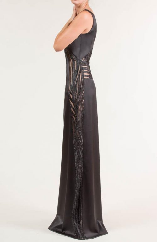 c 18 0345 001488 jb lb 18 2334 2 500x773 - Long black satin dress
