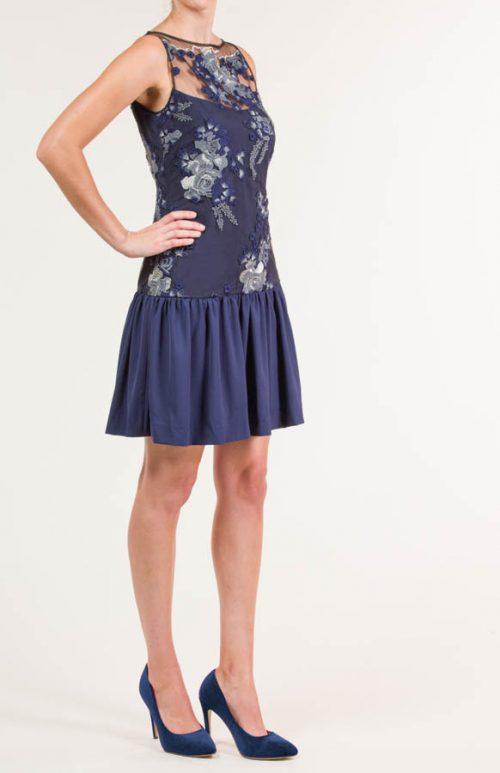 c 18 0345 001488 jb lb 18 2683 2 500x773 - Vestido corto bordado tul azul