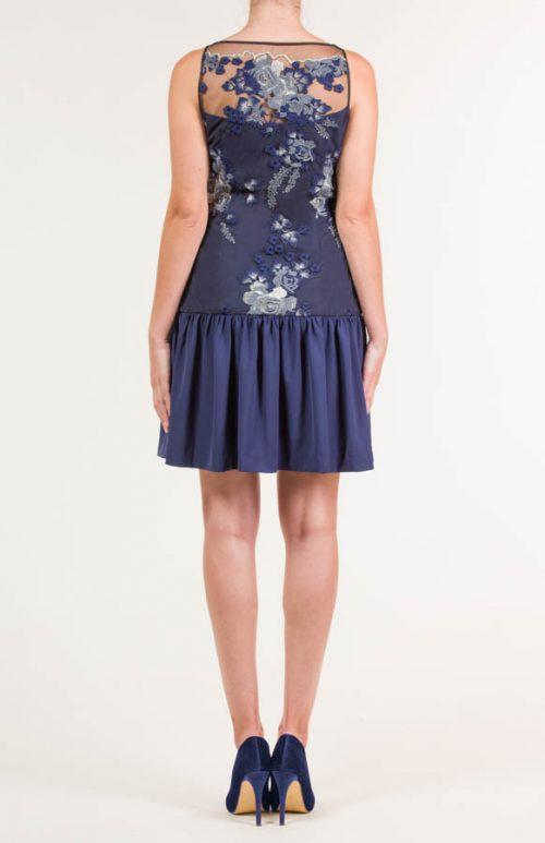 Vestido corto bordado tul azul