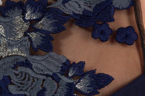 c 18 0345 001488 jb lb 18 2694 500x333 - Vestido corto bordado tul azul