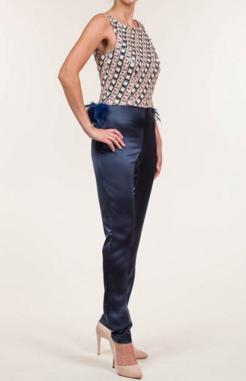 c 18 0345 001488 jb lb 18 456 3 500x773 - Embroidered long jumpsuit with multicolored sequins navy blue, pink stick and beige