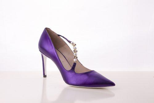 70A9557 500x333 - Zapato de tacón corte de salón en color morado con aplicaciones